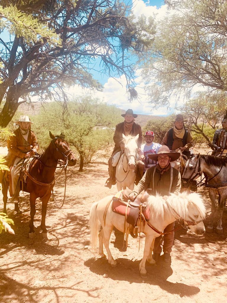Los Plebes del Rancho. Foto: JG Music