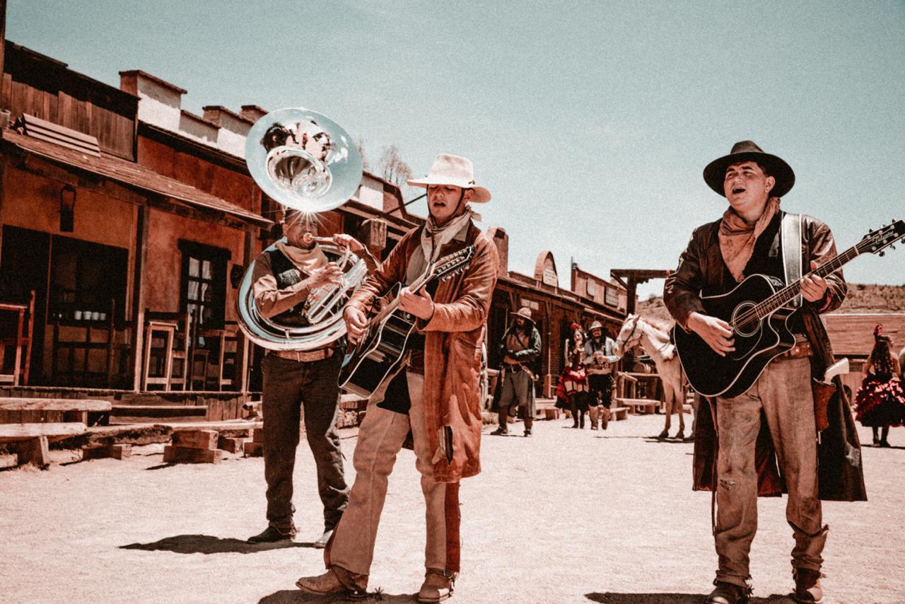 Plebes del Rancho. Foto: JG Music