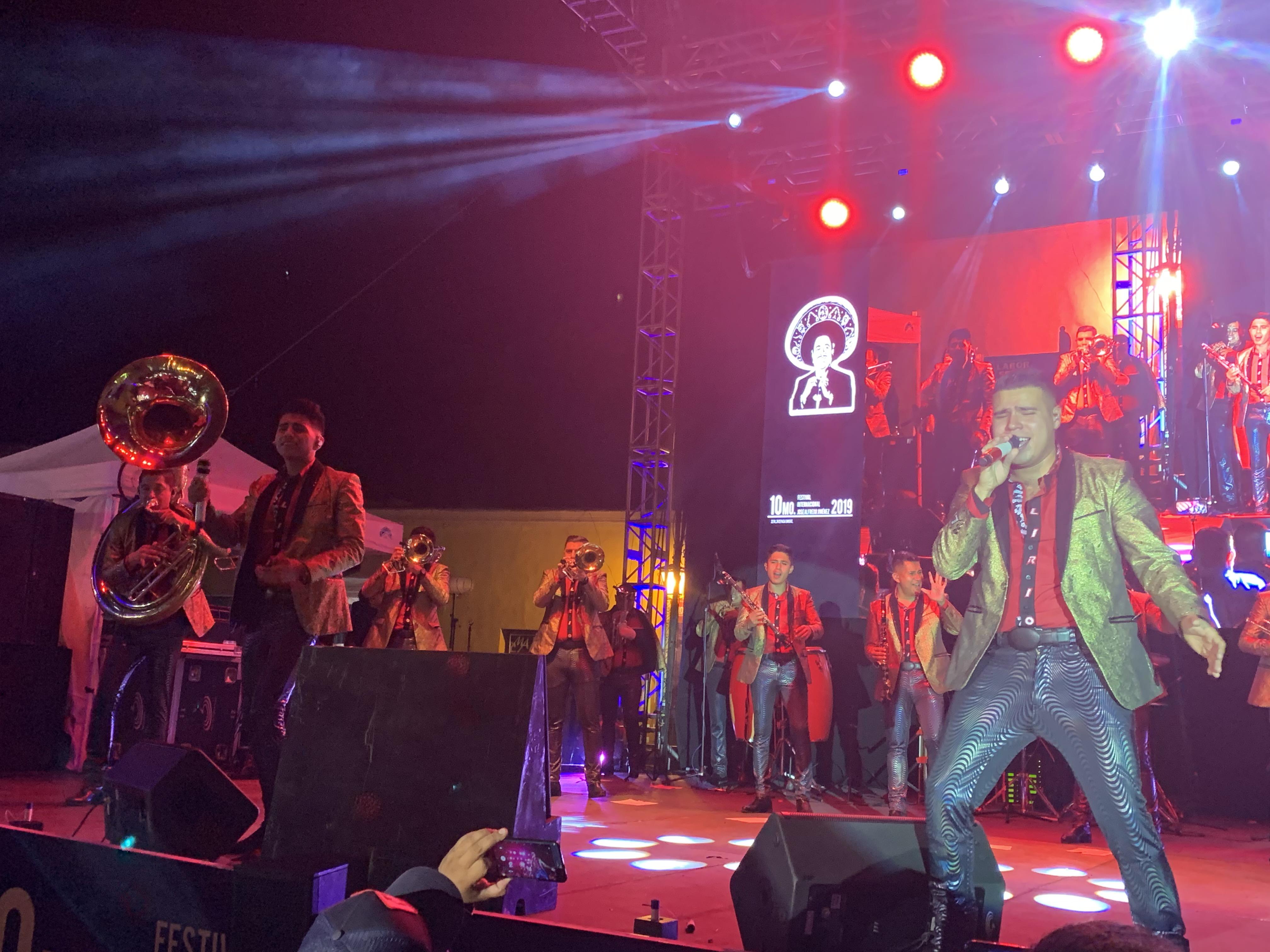 Banda Lirio y José Alfredo Jiménez. Foto: Lupita Pichardo